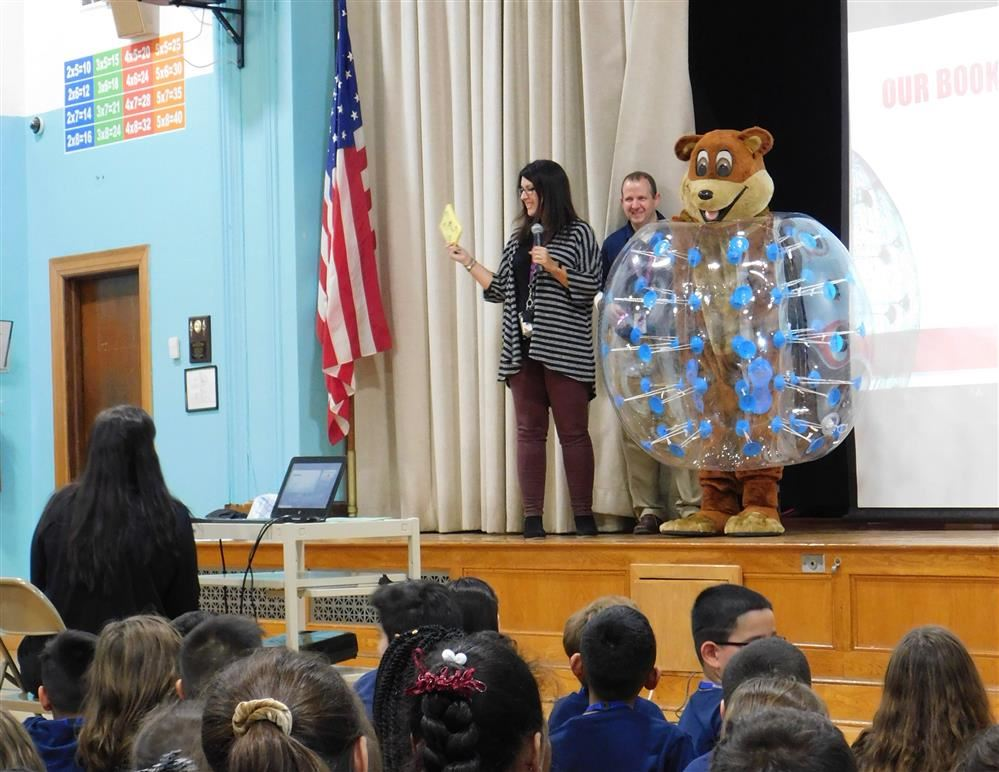 'One School, One Book' launched at Beatrice Gilmore